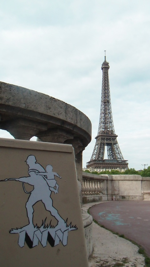 garcia-brothers-org-inn-stickers-paris-eiffel